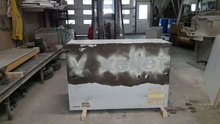 The voxeljet company stone after removing the conventional formwork